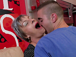 Short haired mature amateur granny Jovanka S. sucks a stiff rod
