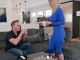 Blonde fit MILF Amber Alena gets her face splattered with sticky cum