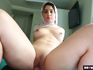 Sexy Arab cocksucker fucks in POV