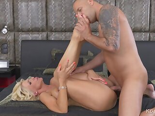 Horny mom with a banging body gets fucked by a younger man