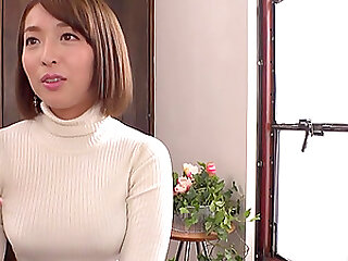 Shinozaki Kanna wants to suck her friend's penis before a masturbation