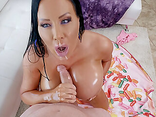 big butt Sybil Stallone adores hard fuck with her handsome friend