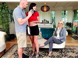 Moms Bang Teens тАУ Homemade Porn With Stepmom