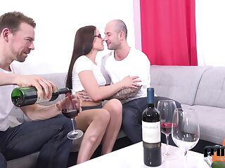 Two amateur guys fuck mouth, pussy and anus of Czech adult model Wendy Moon