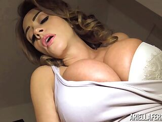 Big tittied milf Ariella Ferrera is finger fucking wet punani